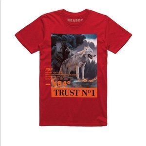 Authentic Reason men red Wolves tee. M